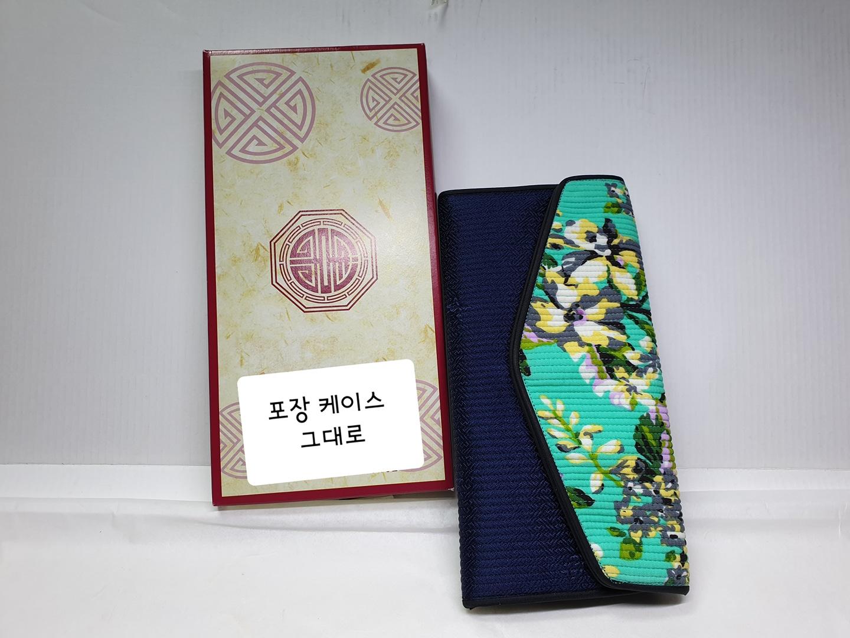전통지갑 누비지갑 새것 전통공예 선물용 똑딱단추 장지갑