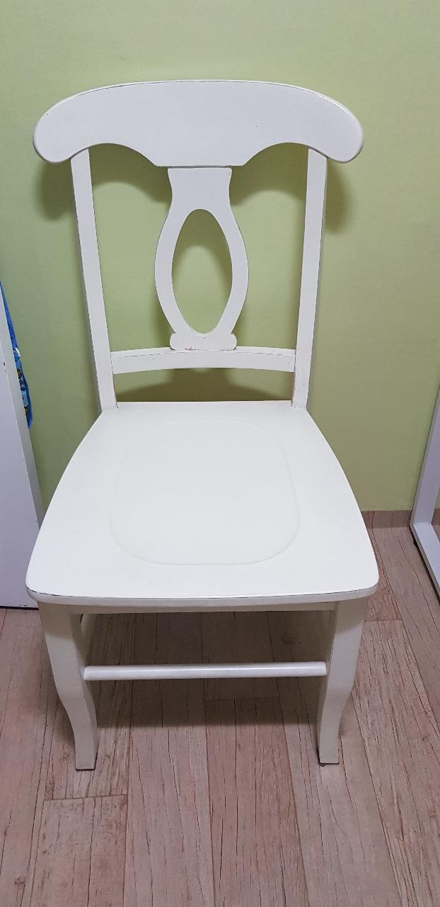 의자2개(등받이의자,화장대의자 방석3개)
