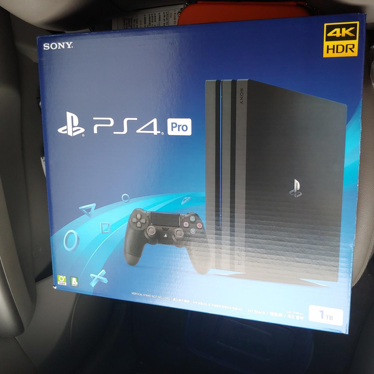 플레이스테이션 4프로 1TB 새제품 판매합니다.(미개봉)