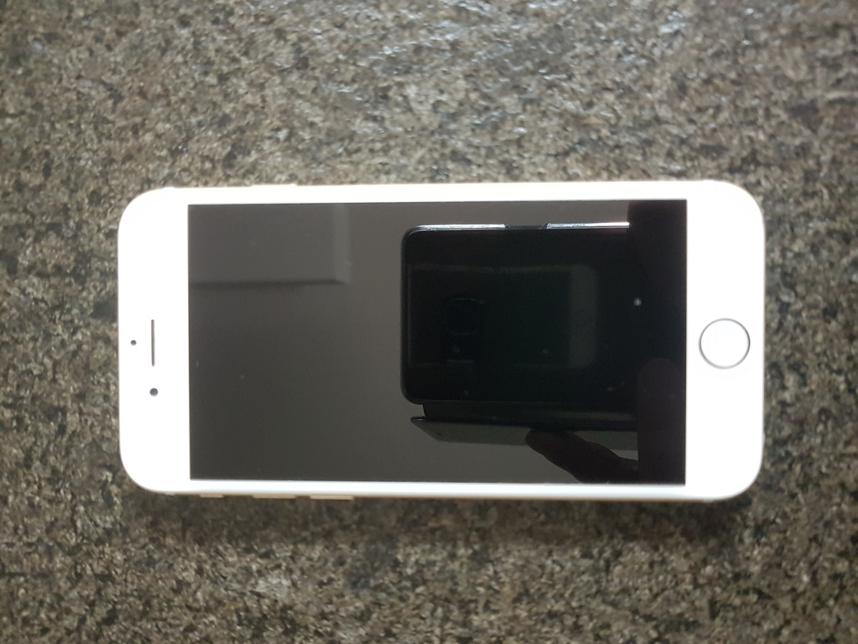 아이폰6 하자 부품용