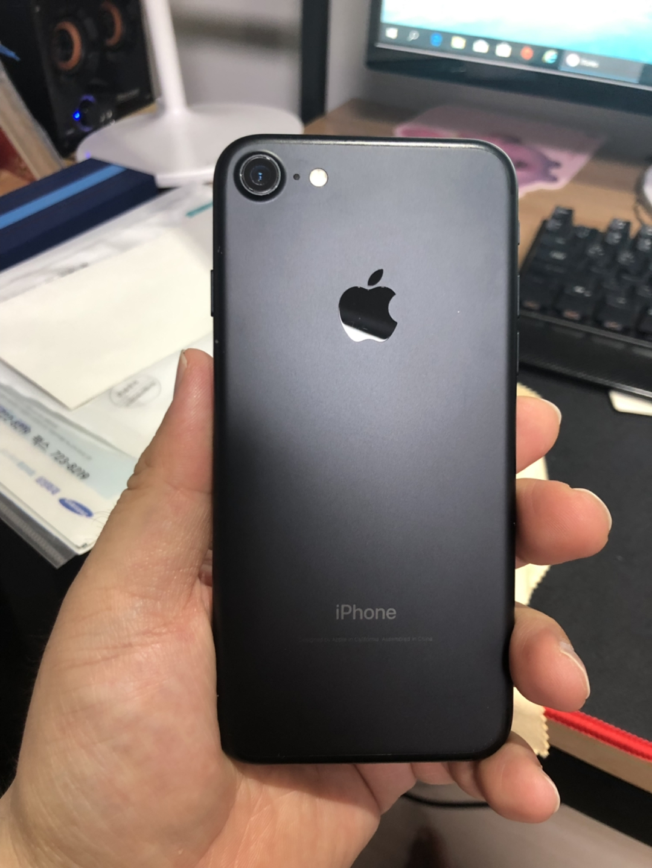아이폰7 128기가 매트블랙팔아요