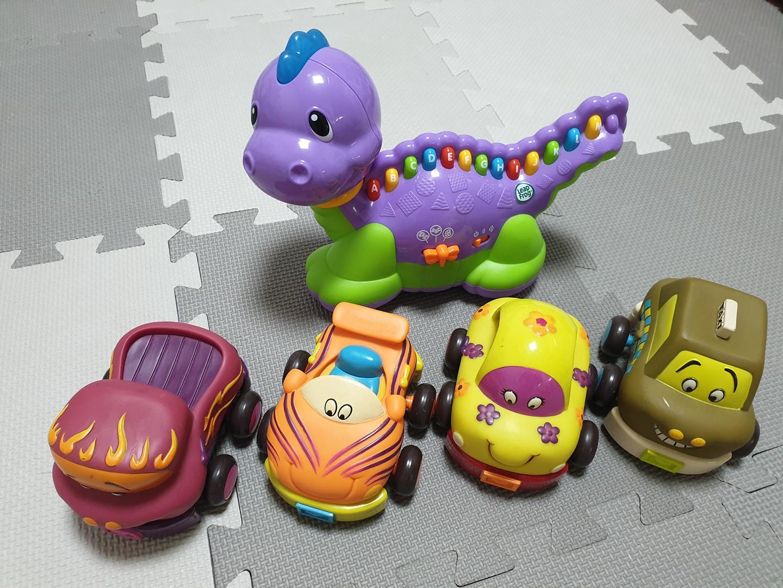B브랜드자동차,립프로그공룡 장난감판매해요(총5개)