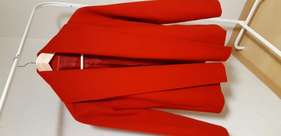 빨강머리 자켓 (새것)