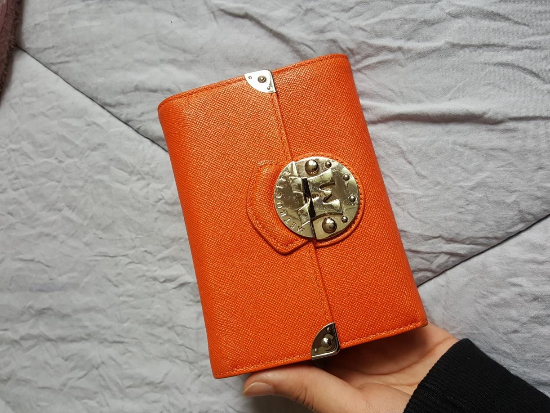 가격내림!!(정품)메트로시티 오렌지 반지갑
