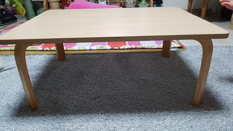 거실 테이블