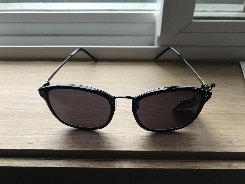 레노마 선글라스입니다