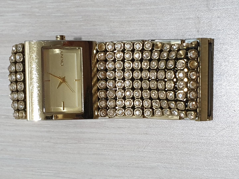 🎗 DKNY 시계