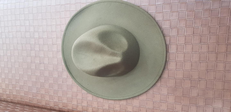 카키색 모자.새제품