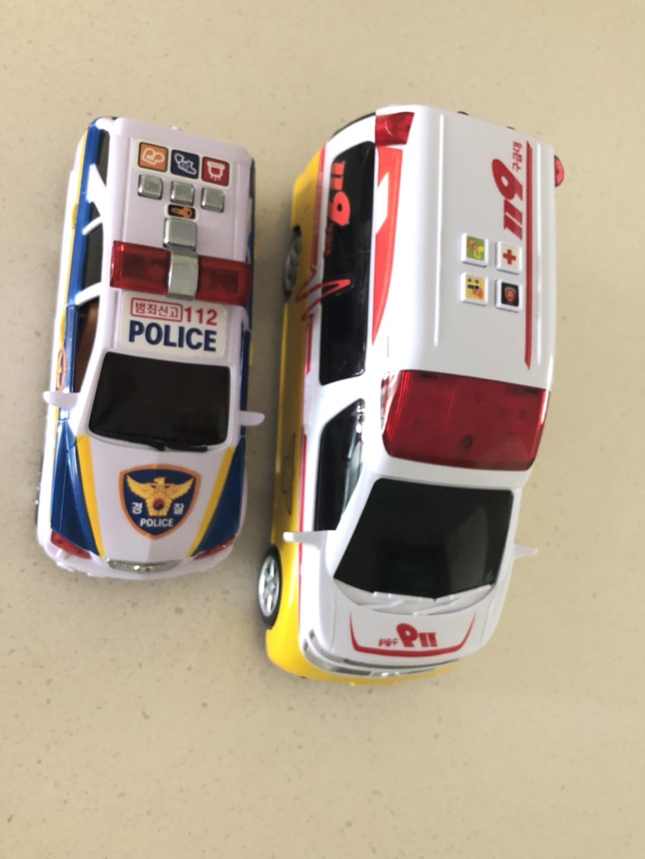 구급차 경찰차 판매합니다.