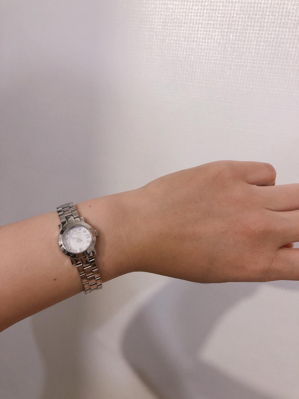 마크제이콥스 시계