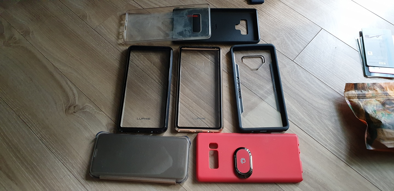휴대폰 케이스 모두 드립니다! 겔럭시 9 노트 4종 외 노트 8 두 개