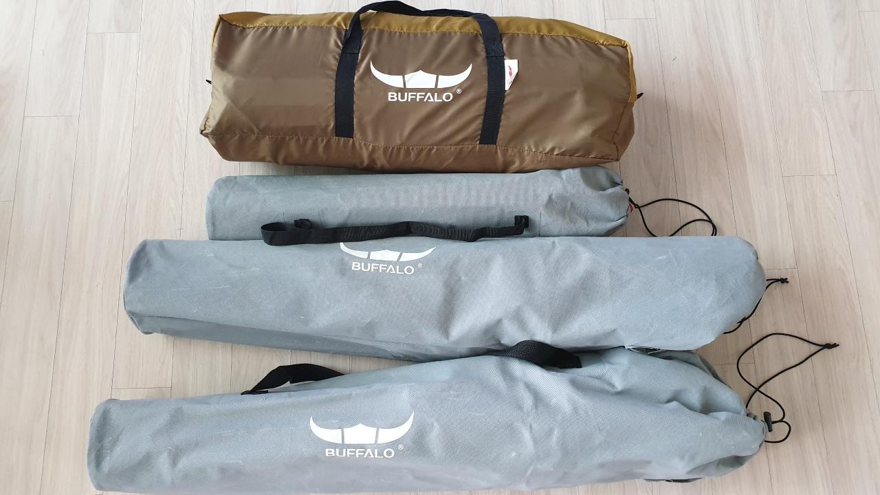 버팔로 그늘막 5~6인용 텐트+의자2개+풋체어 판매합니다.