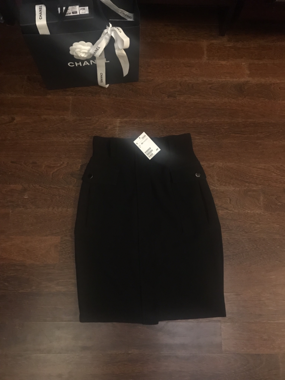 H&M 단추포켓 스커트