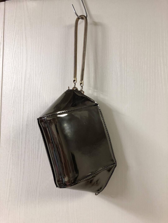 작은 가방, 메탈가방 반짝거리는 소재, 손가방, 미니백, 파우치백, 독특한 가방