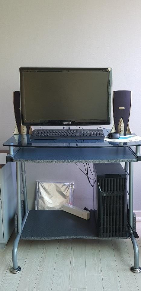 컴퓨터 본체,모니터,키보드,마우스 일체