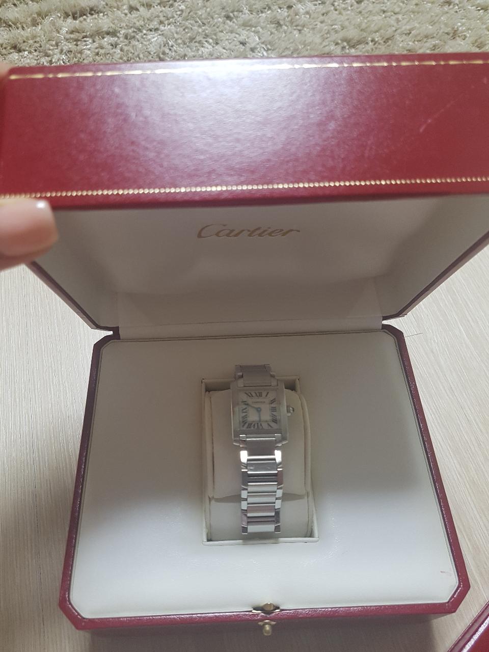 정품) 까르띠에탱크 시계