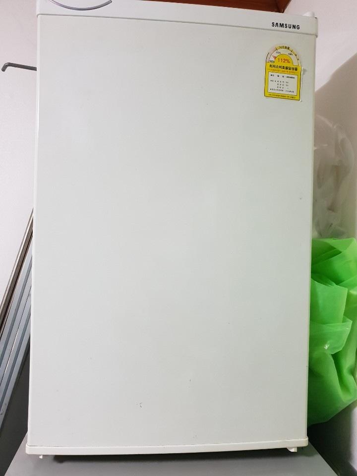 냉장고 소형냉장고 원룸냉장고 화장품냉장고