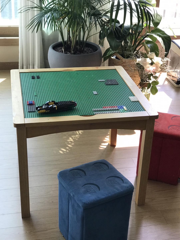 레고 책상 의자 (일반책상 앞뒷면으로 사용가능)