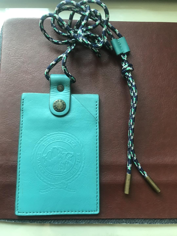 노스페이스 목걸이형 카드지갑.가죽.새제품