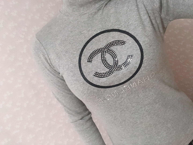 샤넬모양 타이트 티셔츠