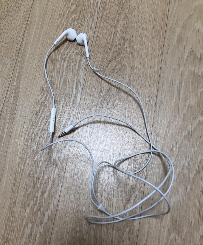 아이폰 이어폰