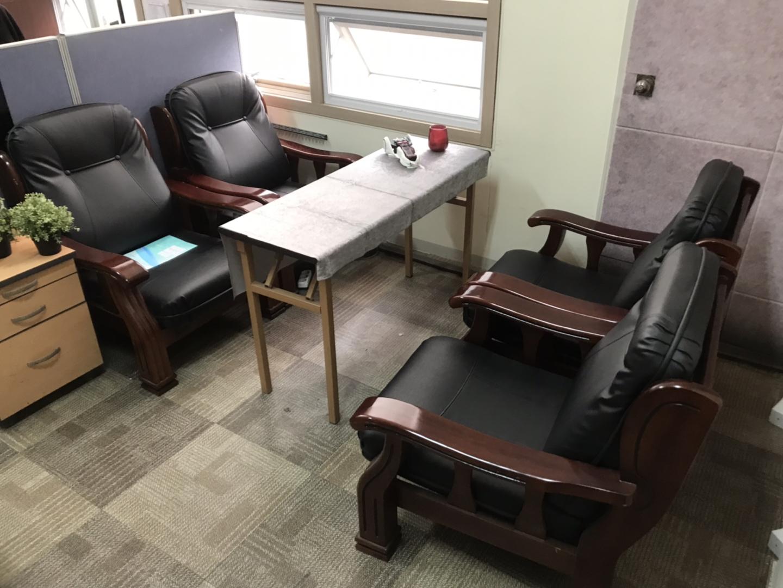 사무실 물품 헐값 처분(책상,의자,냉장고,쇼파,기타 사무용품)