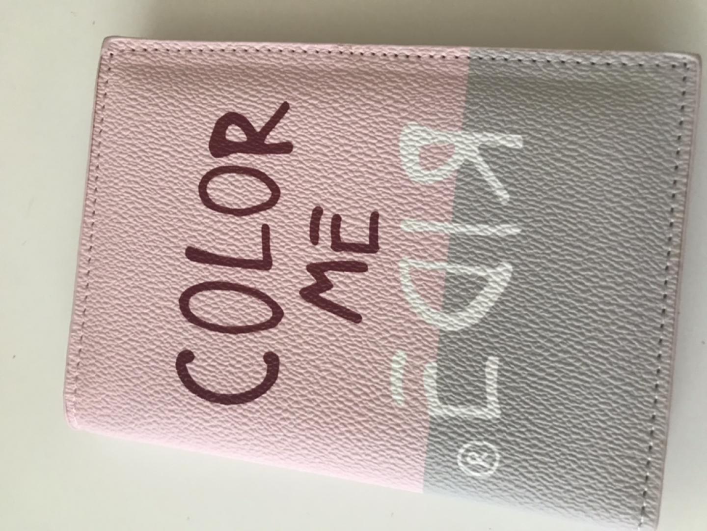 베네통 여권 지갑
