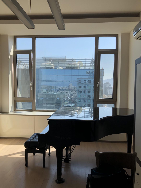 강남역 12번출구 음악스튜디오