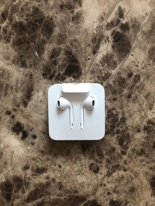 애플 이어폰 판매합니다(정품)