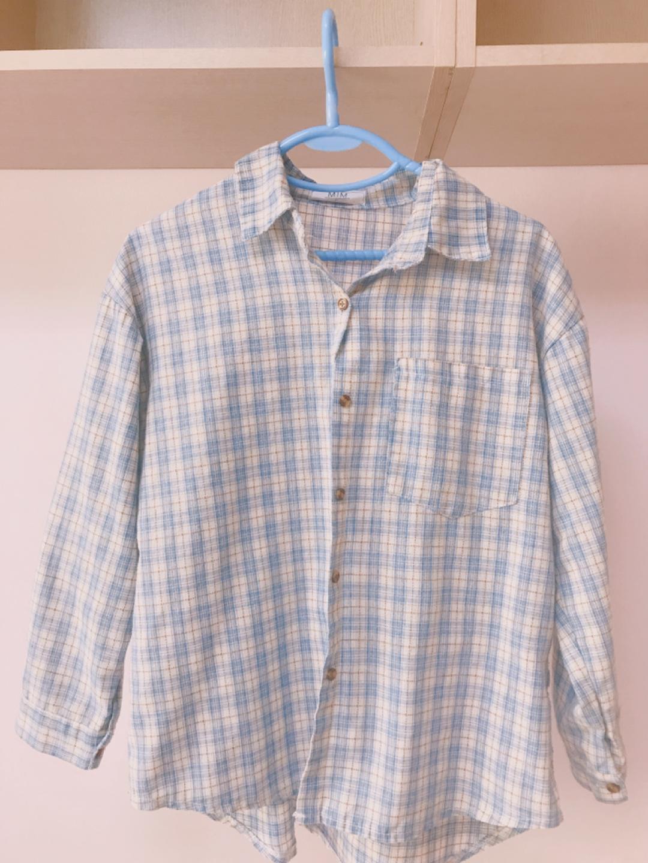 얇은 봄여름용 체크셔츠