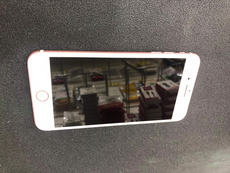 아이폰 갤럭시 모든 기종 새상품 중고가격으로 팔고있습니다