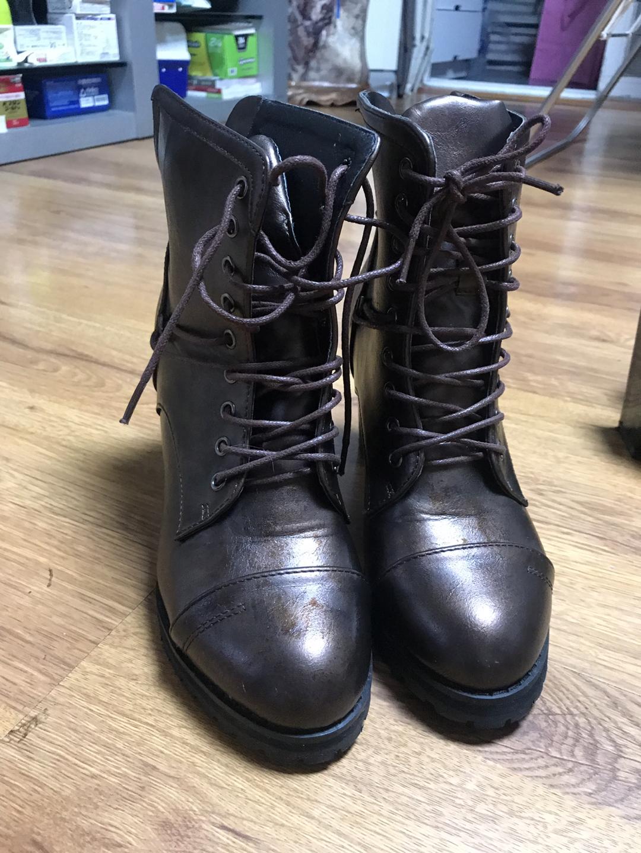 한두번신은 신발 판매합니다