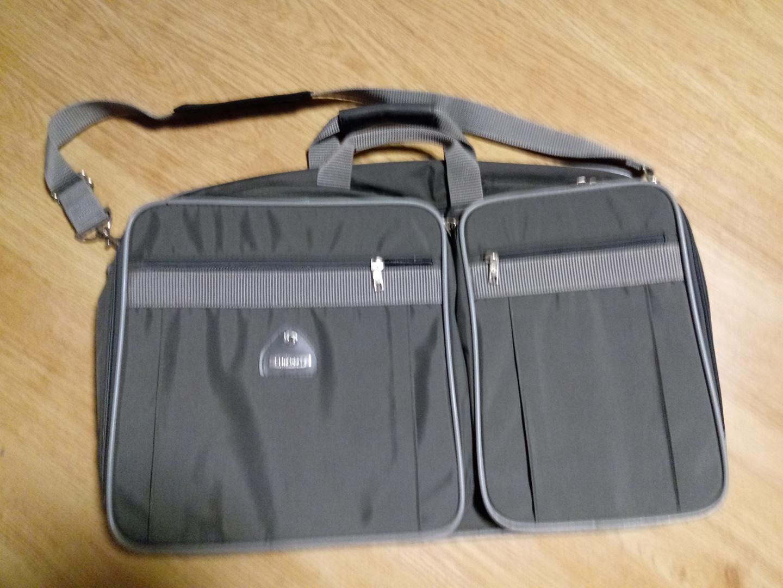 샘소나이트 출장용 또는 기내반입용 작은가방