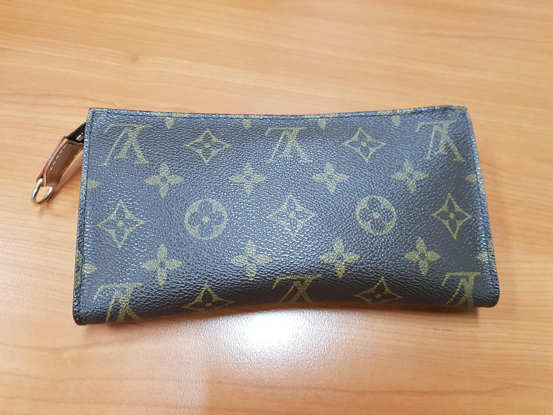 루이비통 지갑