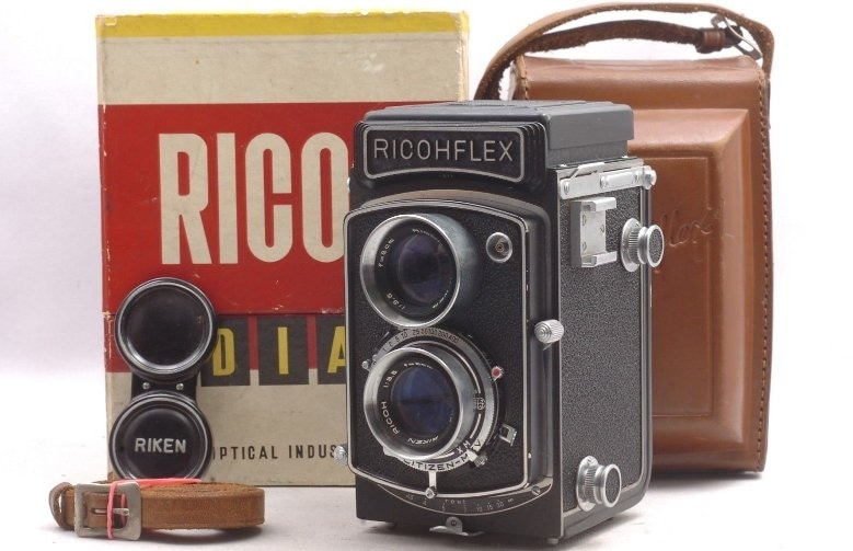 Ricohflex Dia 6x6 Medium Format TLR 빈티지 카메라