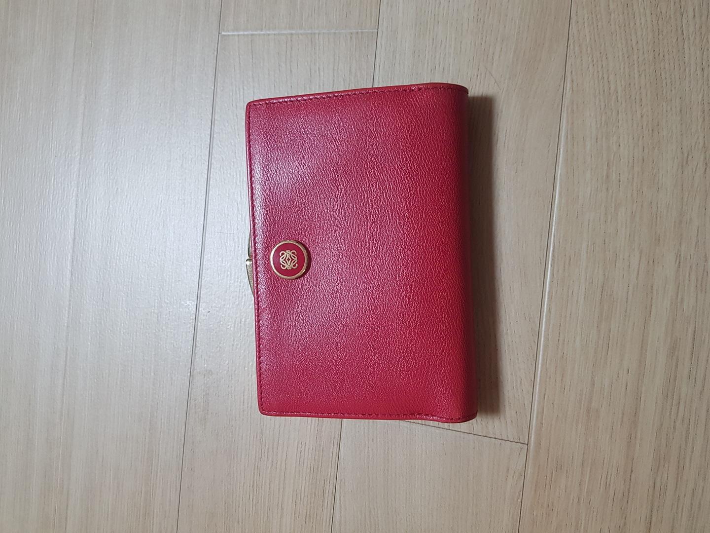 로에베 중지갑