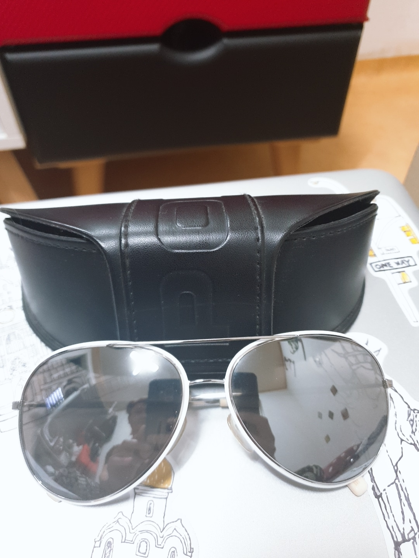 폴리스 남녀공용 선글라스