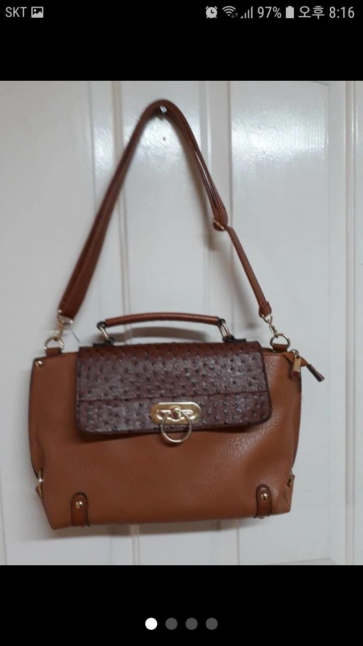 크리스탈릴리 가방