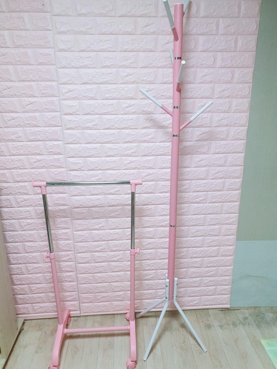 헹거 2개 유아헹거 핑크 행거 옷장
