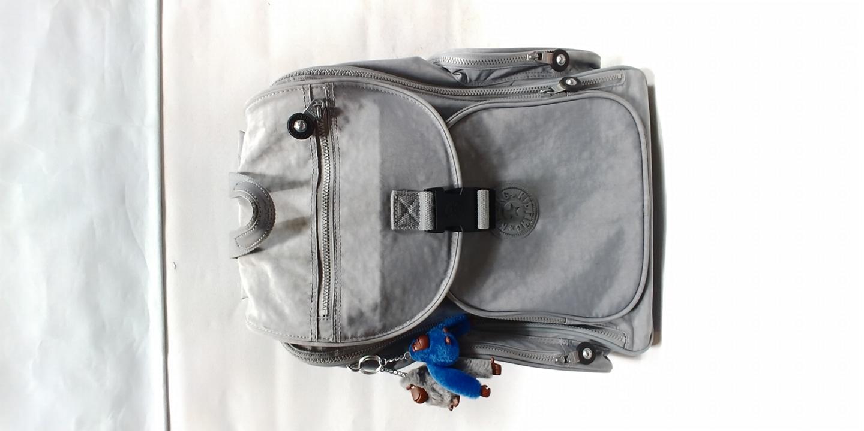 키플링 백팩 겸용 캐리어/캐리어가방