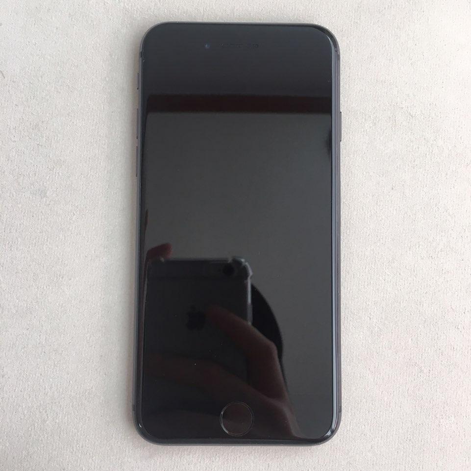 아이폰8. 블랙 판매합니다