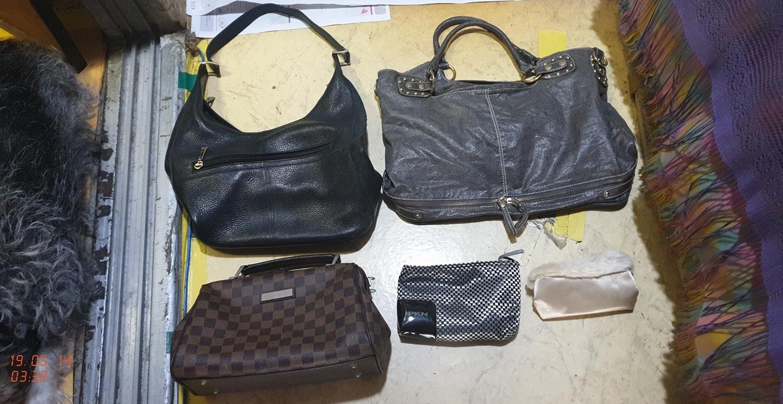 여성 핸드백 가방.파우치 저렴하게 팝니다