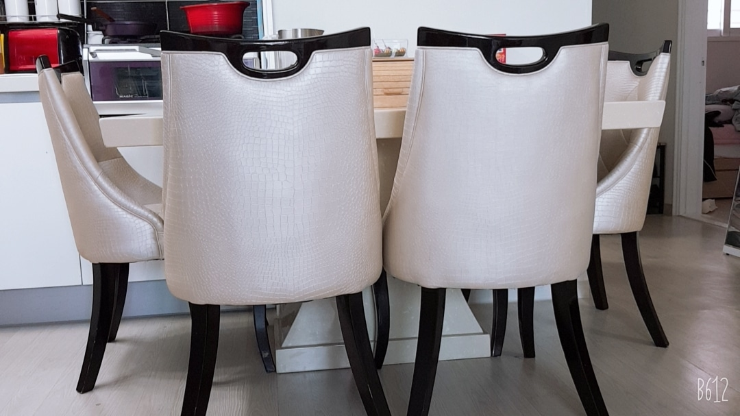 4인식탁(의자4개포함)
