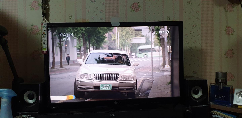 LG Full HD 27인치 TV팝니다