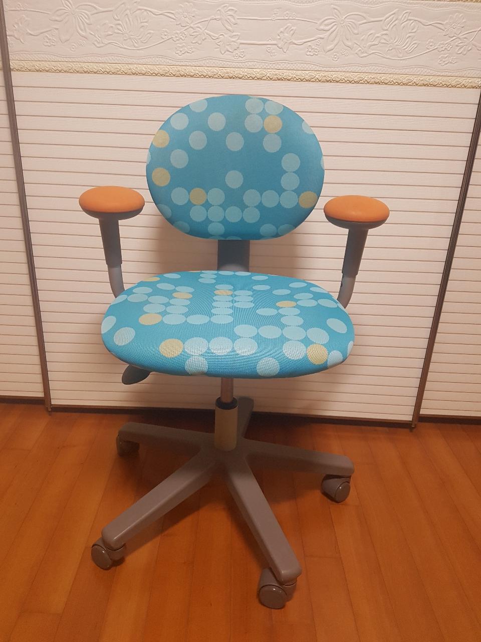 시디즈 학생용 의자(가격내림)