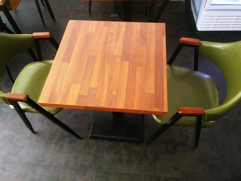 카페탁자2인용4개   카페의자6개 있음    카페탁자1개▶ 3만원  의자1개 ▶2만원