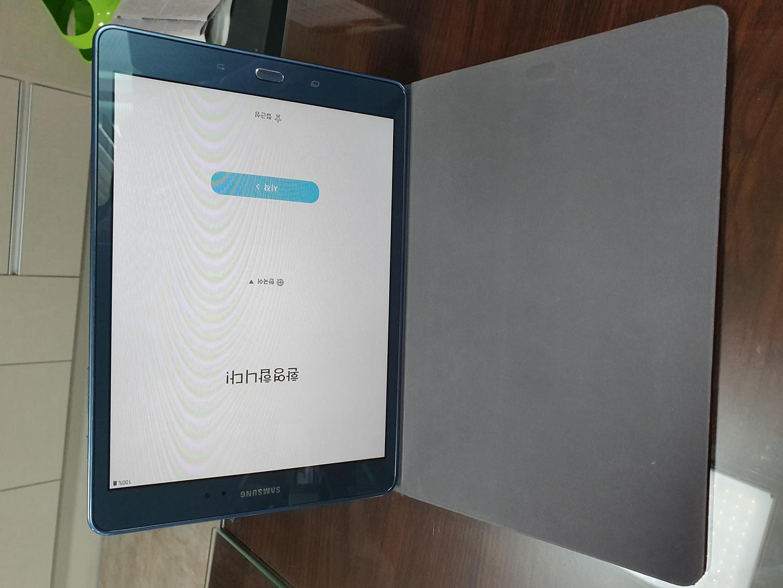 갤럭시탭a 9.7 p550 lte+와이파이겸용.그레이.판매합니다.펜ㅇ