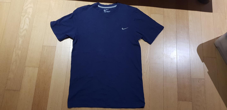나이키 반팔 티셔츠 (네이비, 사이즈 S)