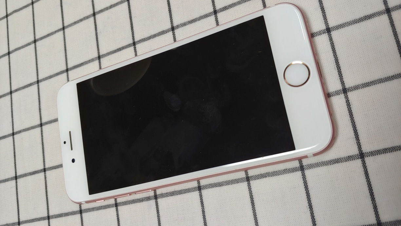 아이폰6S 로즈골드(64기가)