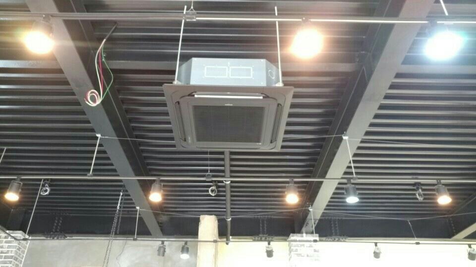 가정용 에어컨 / 업소용 냉난방기 설치합니다